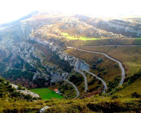 Rutas en coche por Cantabria